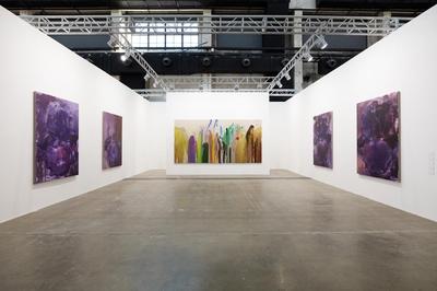 On view also works by Yan Pei-Ming, Wang Yuyang, Lucio Fontana