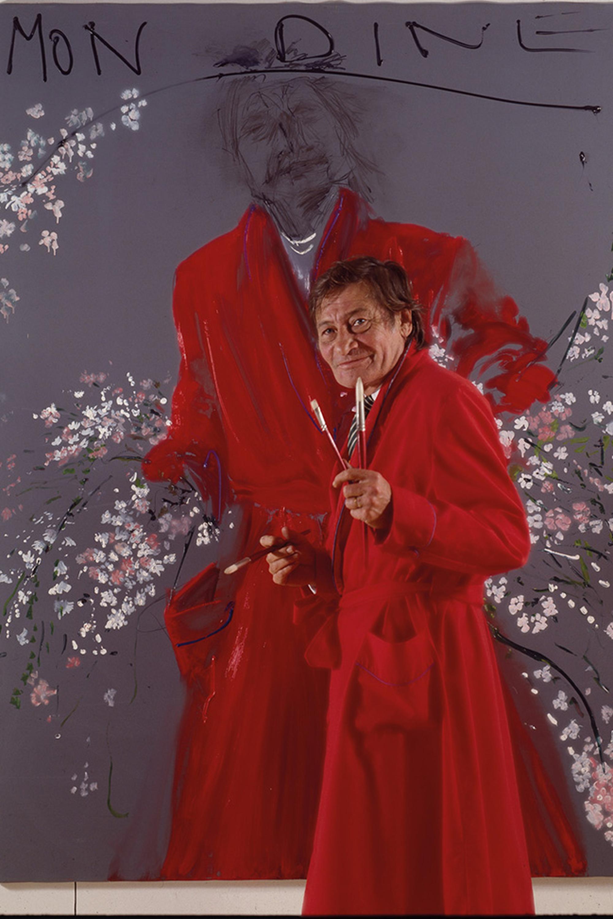 """Aldo Mondino,   Aldo Mondino posa davanti all'opera """"Mon Dine"""", 1992, olio su linoleum, 190 × 140 cm, Photo © Fabrizio Garghetti"""