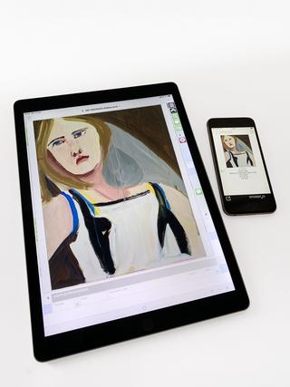 Monica de Cardenas, La galleria in tasca  Il software gestionale della galleria è consultabile anche dai dispositivi iOS: i formati dedicati consentono di navigare rapidamente tra i dati delle opere.
