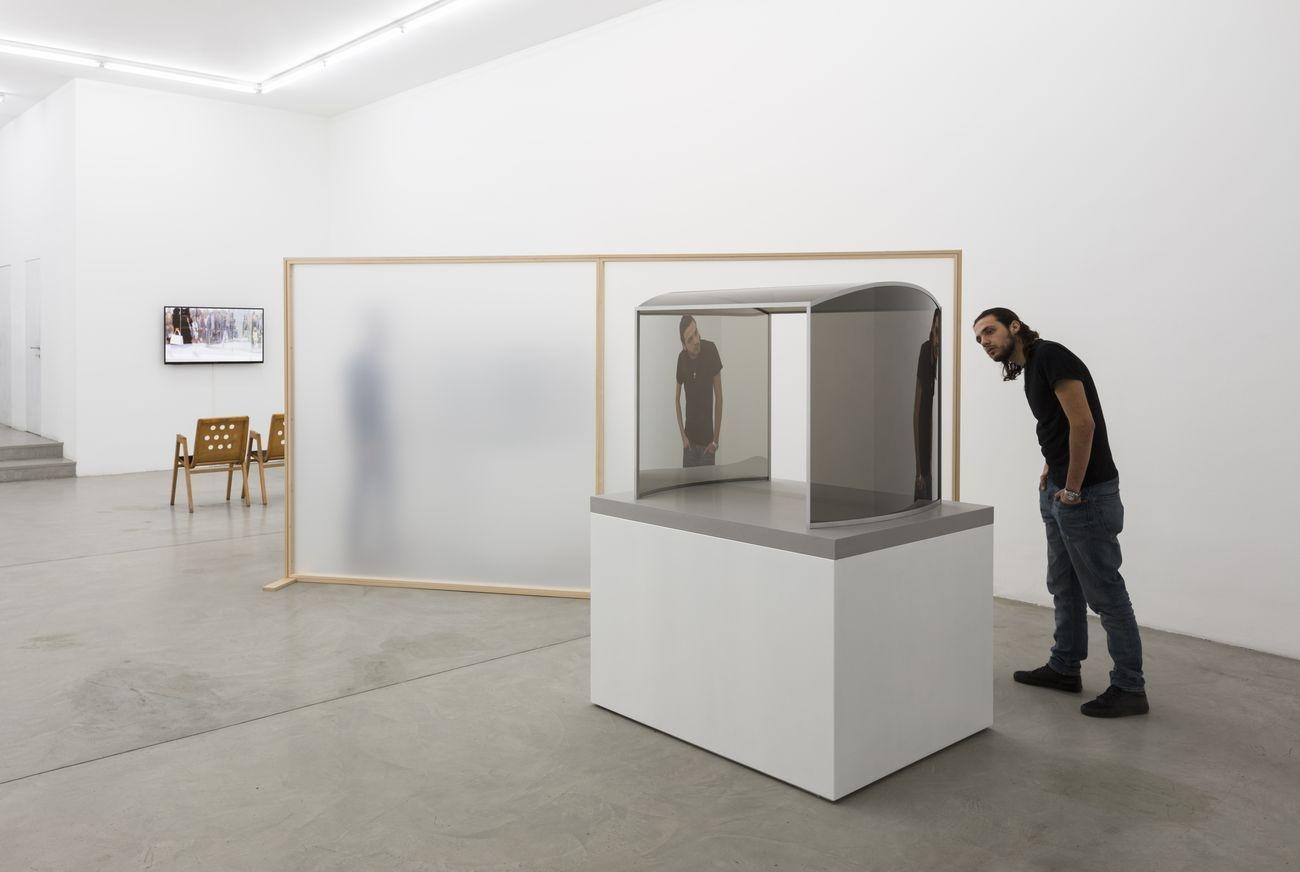 Francesca Minini, Dan Graham Fashion and Architecture Installation view, Milano 2019, Photo © Andrea Rossetti