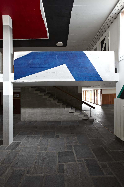 Livio Bernasconi,   Wall painting, 1965 Scuole medie di Locarno, Photo © Bart Herreman
