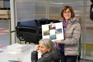 Fuoco, Aria, Acqua, Terra (Mondi Nascosti), Carla Della Beffa con Raffaella Zaldini (assessore alla cultura del Comune di Suzzara)., Photo © Egizia Lupatelli