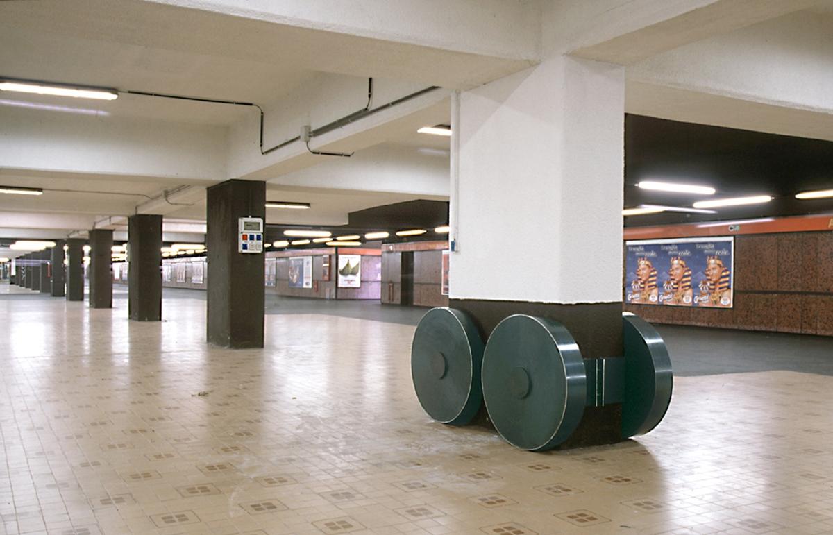Subway, Photo © Antonio Maniscalco