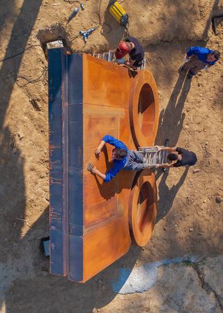 Centrifugo, Installazione con Andrea, Michele, Saule e Morgan Rebuzzi., Photo © Francesco Mazzei