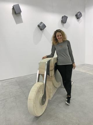 Motocicletta, Giorgia Pirrone alla Galleria Lara e Rino Costa