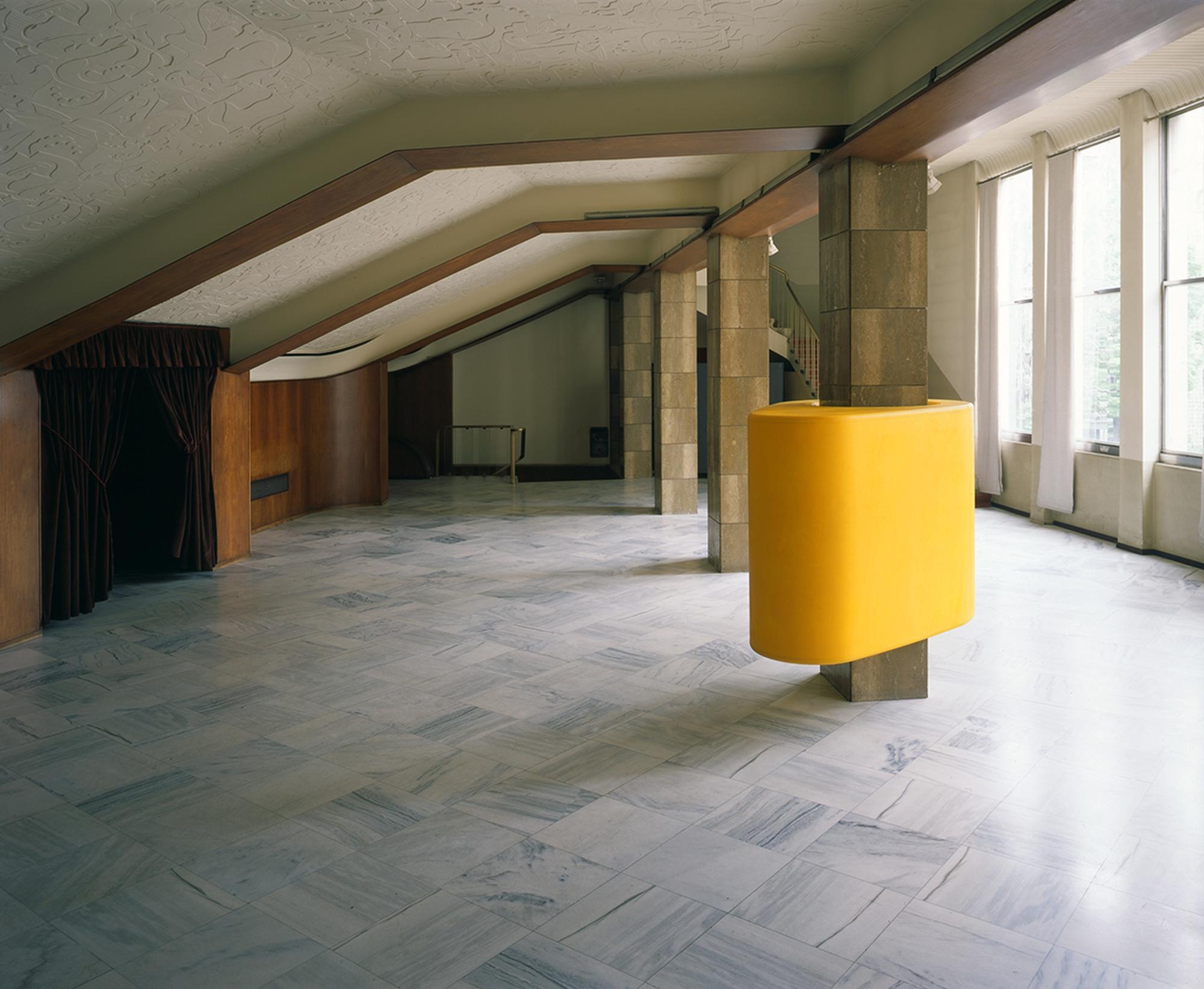 Superfetazione a camme, Installazione al Ridotto del Teatro Manzoni di Monza, Photo © Alessandro Zambianchi