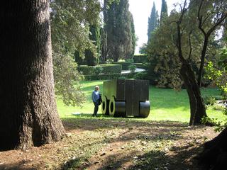La 74, Installazione a Villa d'Este, Tivoli, Photo @ Alessandro Zambianchi