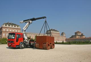 La 74, Installazione ai giardini della Venaria Reale, Photo © Ugo Nardini