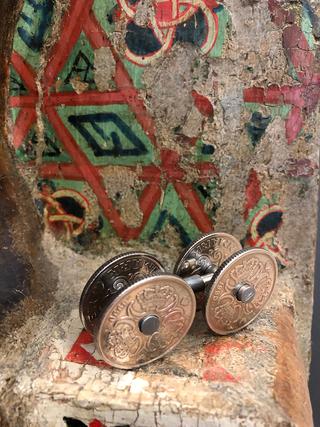 4WD - venti corone danesi, Madonna col Bambino, anonimo scultore umbro, legno scolpito e dipinto, XIV sec. inizi. Dalla collezione Buratti Zanchi a Milano. Rocca Albornoz - Museo Nazionale del Ducato - Spoleto