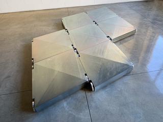 A sostegno dell'Arte, 7 elementi Courtesy Galleria Lara e Rino Costa