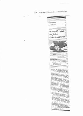 Recensione di Anna Satolli su La Stampa, 2 ottobre 2002.