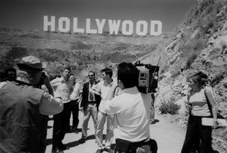 Maurizio Cattelan, Hollywood,2001