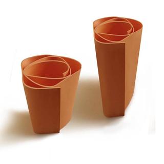 Paolo Ulian 1990-2009, Vaso Rosae,2009 Vaso in ceramica, Produced by Attese Edizioni