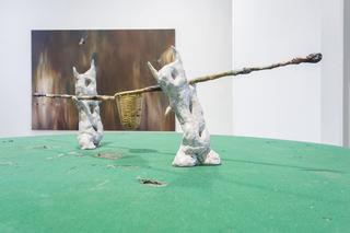 Enej Gala, Prefabrick - Walking with Art Prize 2015, The Cleaners,2015 das, filo di ferro, cartapesta, insetti, colori ad olio Foto di Giulia Alli