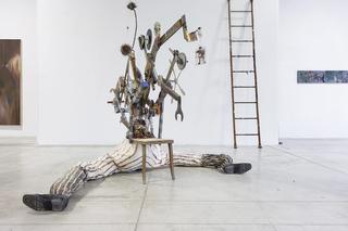 Enej Gala, Prefabrick - Walking with Art Prize 2015, Prefabrick, 2015 installazione meccanica, legno, ferro, tessuro, carta, poliuretano espanso, corde, collage, disegno, assemblaggio, (dettaglio) Foto: Giulia Alli