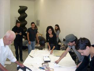 Kim Jones, residenza, mostra e workshop, Kim Jones e gli artisti del workshop