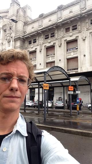 """Intercultura - Capitolo 19 Un anno dopo: le attività fioriscono, Peter Kaergaard, ricercatore danese invitato da Viafarini a risiedere in Cascina per un mese per sviluppare il progetto """"World Class Citizen""""nel quartiere Corvetto"""