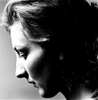 People | Artists, Eva Marisaldi,inuna fotografia di Armin Linke