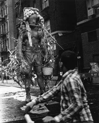 Kim Jones, 1982