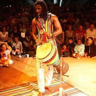 Intercultura - Capitolo 5 Attività attività attività, Balla Nar Ndiaye Rose, musicista