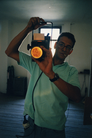 People | Artists, Mario Airò, in una fotografia di Armin Linke, 1993