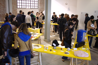 Low Cost Design, Low Cost Design, inaugurazione durante il Fuori Salone, Salone del Mobile 2012.