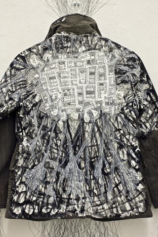 Kim Jones, residenza, mostra e workshop, Jacket