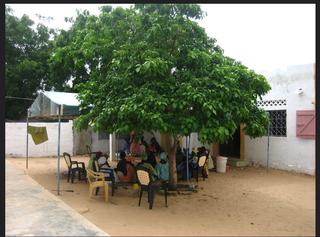 Intercultura - Capitolo 10  Il viaggio in famiglia, La casa di Sunugal nel villaggio Beude Dieng