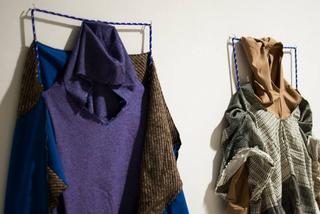 Il confine è ortogonale al transito, Deattaglio dei costumi realizzati da Canedicoda attraverso il workshop e il dialogo con i performer e attori
