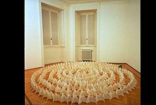 Stefano Arienti, Senza titolo, 1988 (Untitled) Folded book dimensioni variabili Studio Guenzani, Milano
