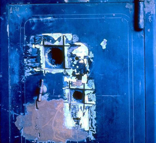Maurizio Cattelan, - 76,400,000, 1992 Broken open safe - Ottovolante , Galleria d'Arte Moderna e Contemporanea, Bergamo