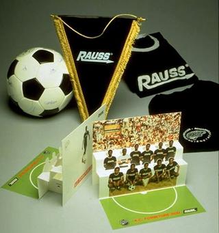 Maurizio Cattelan, Rauss promotion, 1990 Mixed media dimensioni variabili
