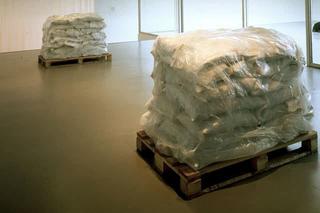 Maurizio Cattelan, Lullaby Paris, 1994 Rubble, pallets - L'Hiver de l'Amour / The Winter of Love , ARC - Musée de la Ville, Paris