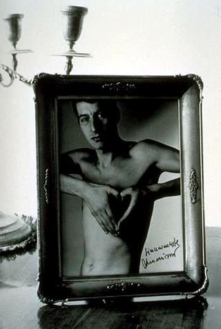 Maurizio Cattelan, Lessico familiare, 1989 (Family lexicon) Mixed media 140 x 60 x 130 cm