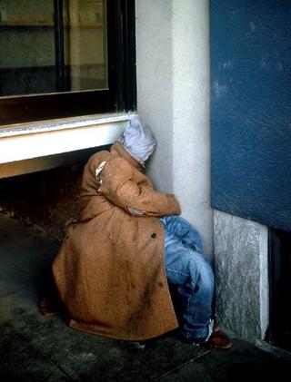 Maurizio Cattelan, Andreas e Mattia, 1996 (Andreas and Mattia) Rags, garments, shoes dimensioni reali - Campo 6 , Galleria Civica d'Arte Moderna e Contemporanea, Torino