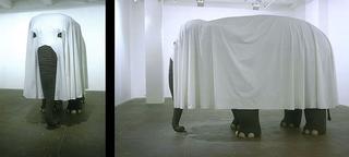 Maurizio Cattelan, Not Afraid of Love, 2000 Polystyrene, resin, paint, fabric 205,7 x 312,4 x 137,2 cm Foto di Attilio Maranzano Courtesy:Marian Goodman Gallery, New York