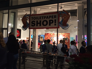 Maurizio Cattelan, Toilet Paper temporary shop, 2016