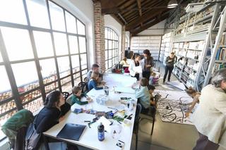 """Education Lab - formazione attraverso l'arte - I edizione, Laboratorio """"Spaesamenti familiari"""" di Francesca Marconi. Foto di Luca Vittorio Toffolon"""