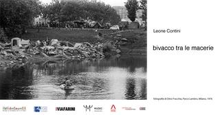 Leone Contini, Il Corno mancante, Bivacco tra le macerie, comunicazione dell'evento al Parco Lambro, 7 ottobre 2018. Fotografia di Dino Fracchia, Parco Lambro, Milan, 1976.