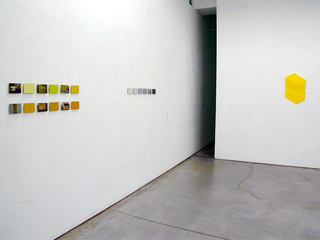 LAB.03, Federico Maddalozzo, Senza titolo (sx) e Stefano Paron, 2 gialli (dx)