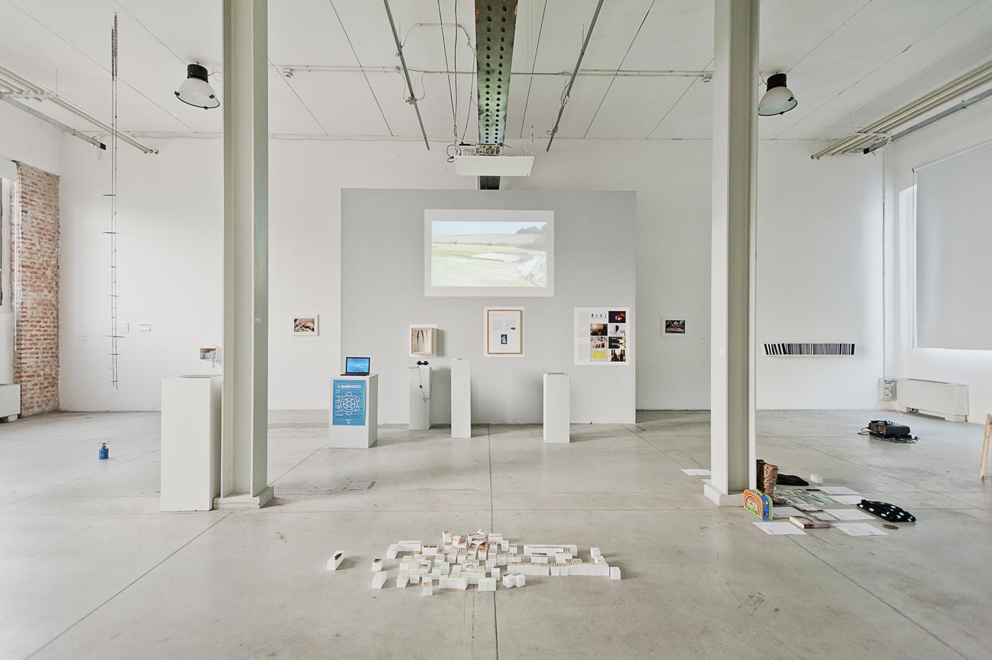 """Workshop e progetto espositivo Academy Awards """"Arti Visive all'Università IUAV di Venezia"""",  Veduta dell'allestimento. Foto di Davide Tremolada"""