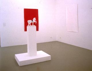Liliana Moro, Cavallino, 1994 (Little horse) Ceramics dimensioni variabili Courtesy:Galleria Emi Fontana, Milano