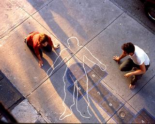 """Paradossi dell'amicizia - io & te, Ottonella Mocellin & Nicola Pellegrini,Smettila di dire """"il giocatore"""". Ora sei tu o sono io, 2004, video installazione, 5 minuti, loop"""