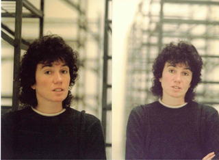 People | Family, Patrizia all'interno dell'installazione di Mona Hatoum, 1996