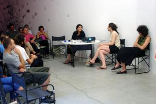"""Re-Enacted Painting, Workshop """"Che cos'è la pittura?"""" e progetto espositivo """"I Leporelli"""" di Maria Morganti., Workshop"""