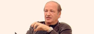 Franco Vaccari, Fuori Schema, 1966 - 2001 film, videoinstallazioni, esposizioni in tempo reale, web, Franco Vaccari durante Il workshop a Viafarini