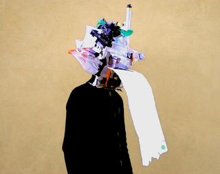 Il raccolto d'autunno è stato abbondante, Manuel Scano Festa in città #5, 2007 materiali trovati, scatole per imballaggi, piante finte ornamentali, giocattoli rotti, polistirolo, buste di plastica, nastro adesivo, colla a caldo 50 x 115 cm