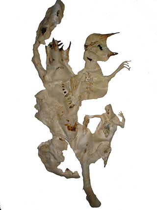 Arimortis, Alessandro Di Giampietro, Vuoti Ferite Cicatrici, 2012/2013 (portrait of Arimortis), tecnica mista su pelle animale, 180 x 75 x 20 cm