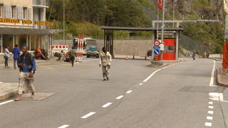 Il confine è ortogonale al transito