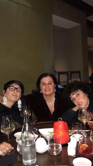 Gemmo SpA, Irene Gemmo con l'architetto Cinzia Dalla Pozza e Patrizia Brusarosco.